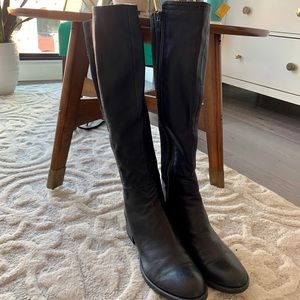 Kenneth Cole knee high leather boots